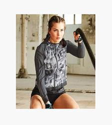 Ветровка спортивная женская с капюшоном crivit pro, германия