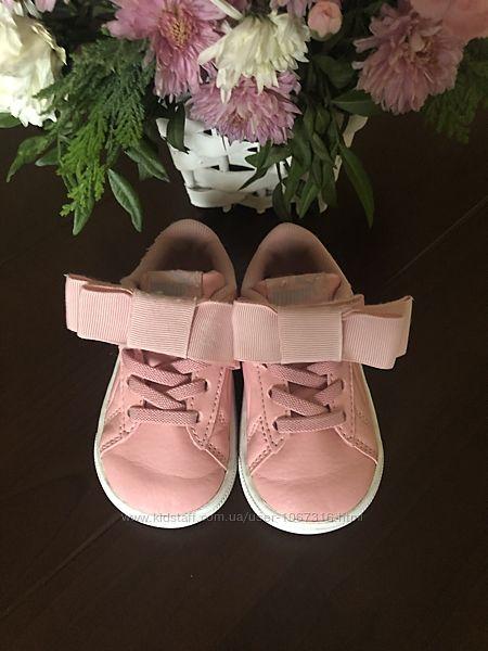 Кросівки для дівчинки Puma 20