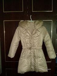 Зимнее пальто, куртка для девочки с капюшоном и стразами