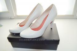 Шикарные свадебные летние туфли Vagabond