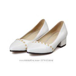 Туфли-лодочки лакированные