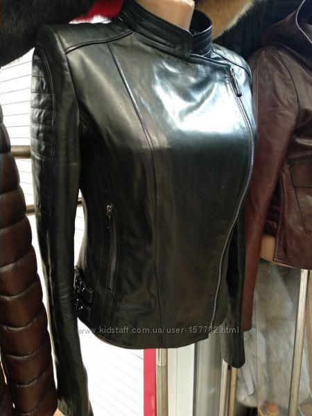 Стильная куртка косуха из натуральной кожи