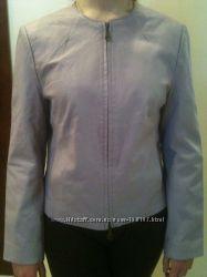 кожаный пиджак новый нежно сиреневого цвета