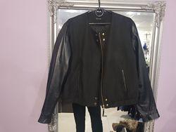 Крутая куртка, бомбер Massimo Dutti с кожаными рукавами - ХЛ - на С, М