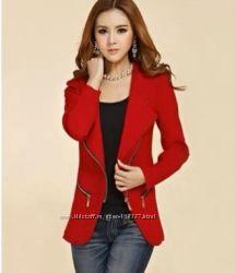 Пиджак красный на молнии