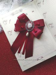 Брошь бантик для школьной блузы - классическая форма, камея, роза