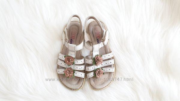 Босоножки сандалии кожаные Lasocki
