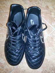Бутсы, футбольные кеды Nike кожа