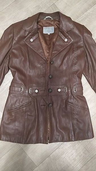 Кожаный пиджак женский 42-44