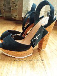 Босоножки модные красивые импортные на высоком каблуке 38 р 25 см