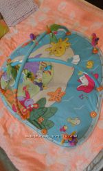 Развивающий коврик Tiny love Джунгли. Подарки