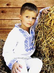 Вышиванка для мальчика Монохром