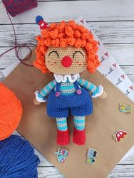 Вязаный клоун