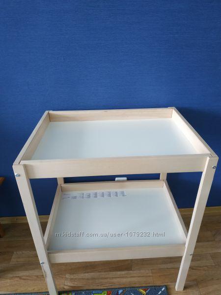 Пелинальнтй столик Ікеа з надувним матрасом та чехлом