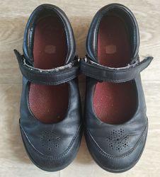 Туфли Clarks Размер 29,5 Черные Школа  Отличные туфли. Идеально для школы