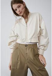 Женская  короткая белая куртка  бомбер жакет /l