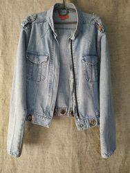 Джинсовая куртка, джинсовка коттоновая MISS  E. X. X. I. необычный фасон.