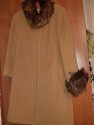 Пальто 100 шерсть Италия размер 46 М демисезон