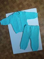 тёплый вязаный костюм кофта штаны возраст от 3 до 8-ми мес