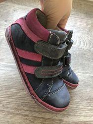 Польские полностью кожаные ботинки Ren But для девочки прошиты рен бут