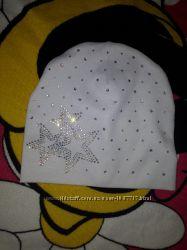 Продам шапочку для дівчинки