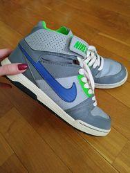 Женские кроссовки хайтопы Nike оригинал кожа 37