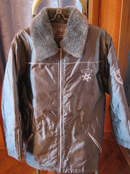 Куртка теплая с меховым воротником