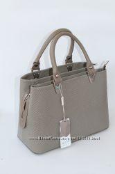 Cтильная сумка ASSA, Из новой коллекции.