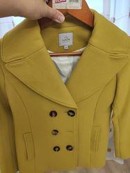 Продам пальто Arin Apparel 140 розмір