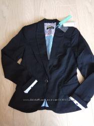 Фирменный пиджак Stradivarius, размер S