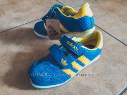 Детские кроссовки Adidas Адидас 33