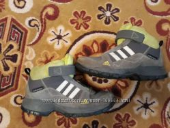 Ботинки термо Adidas р. 31