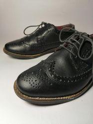 Стильные качественные туфли броги от next размер 32