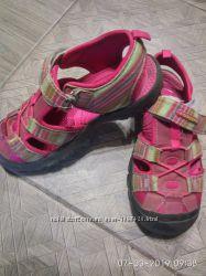 Босоножки, туфли, мокасины на девочку