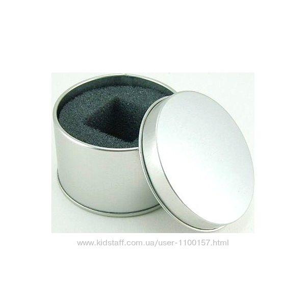 Круглая металлическая коробочка, коробка, бокс, футляр, емкость для мелочей