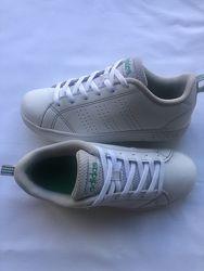Кроссовки Adidas р.33 стелька 21 см.