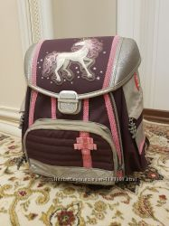 Рюкзак школьный Hama Step by Step Unicorn