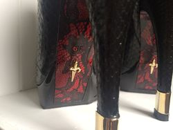 Роскошный комплект из кожи питона ботинки сумка