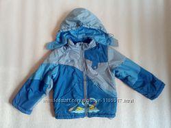 Куртка деми на синтепоне 110 р. 4-6 лет. Длина 46, 5 см.