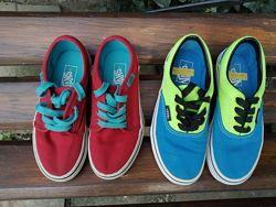 Vans. Оригинал, синие стелька 19, 5 см. Красные - стелька 18, 5 см