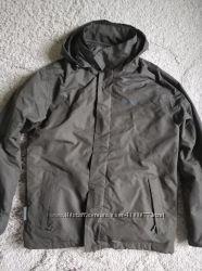 Куртка - ветровка Mountain Warehouse на съемной флисовой кофте-подкладке. S