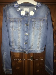Продам джинсовую куртку Mayoral, р. 152