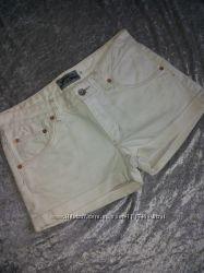 Белые шортики плотный джинс