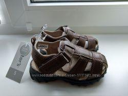 Босоножки сандалии для мальчика carter&acutes, р. 5 на ножку 12-13 см