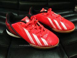 Продам кроссовки на мальчика Adidas Оригинал 18см