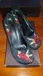 Продам нарядні туфлі