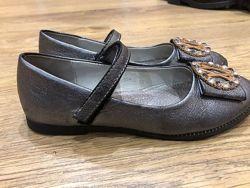Очень красивые туфли 35р