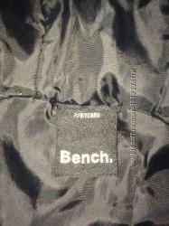 Курточка деми Bench
