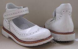 Туфли для девочки 25-26р обувь сандалии кроссовк в очень хорошем состоянии