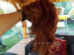 Красивый искуственный парик с милировкой